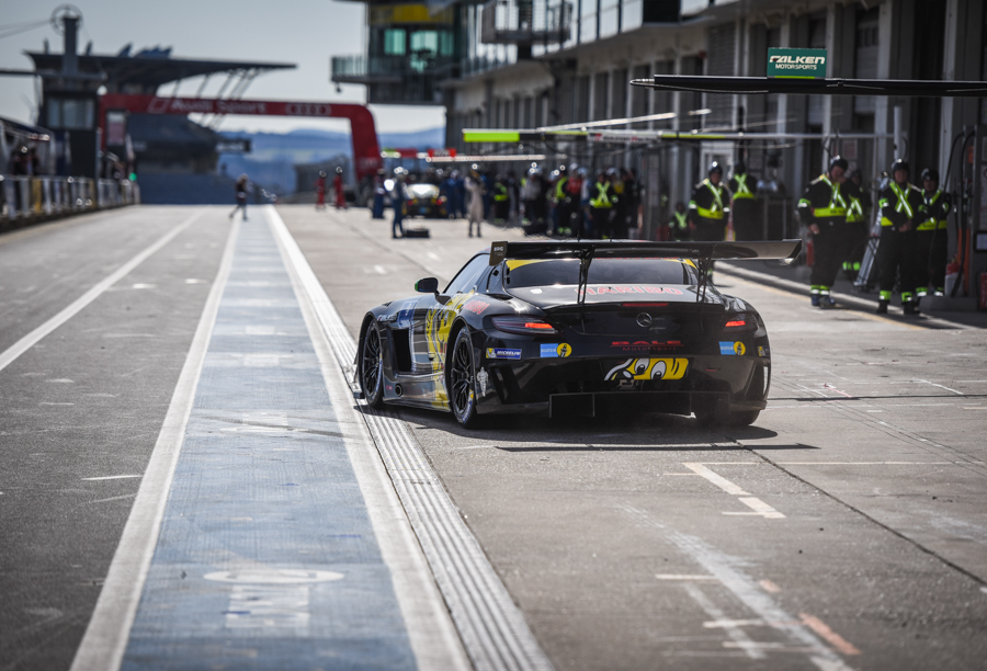 Bildergallerie - 24h-Rennen 2015 - Qualifikationsrennen 2015 - Rennen und Siegerehrung