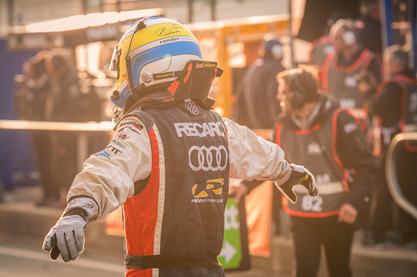 Bildergallerie - 24h-Rennen 2014 - Boxengasse am Morgen