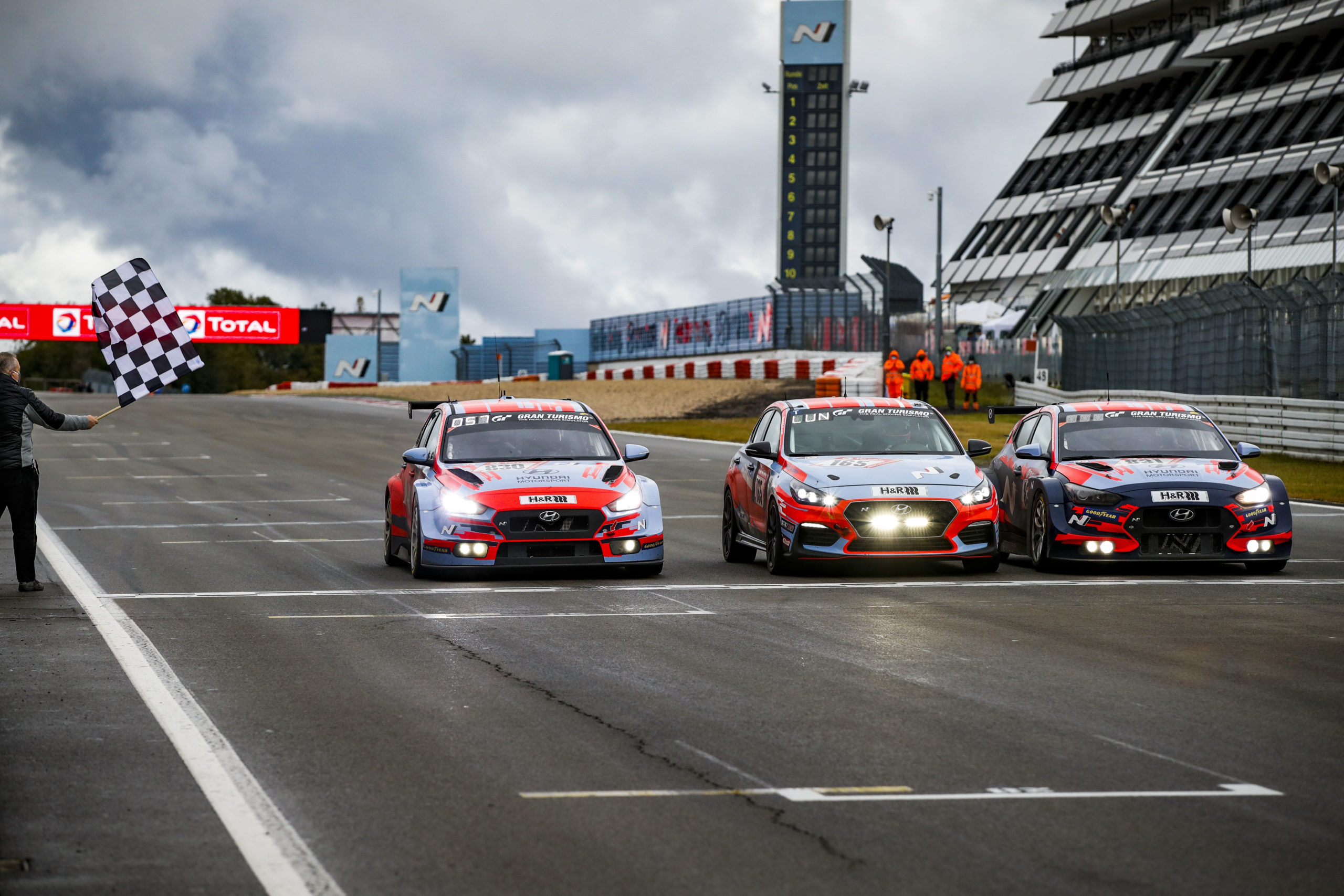 Hyundai: Klassensieg und Podium beim 24h Rennen
