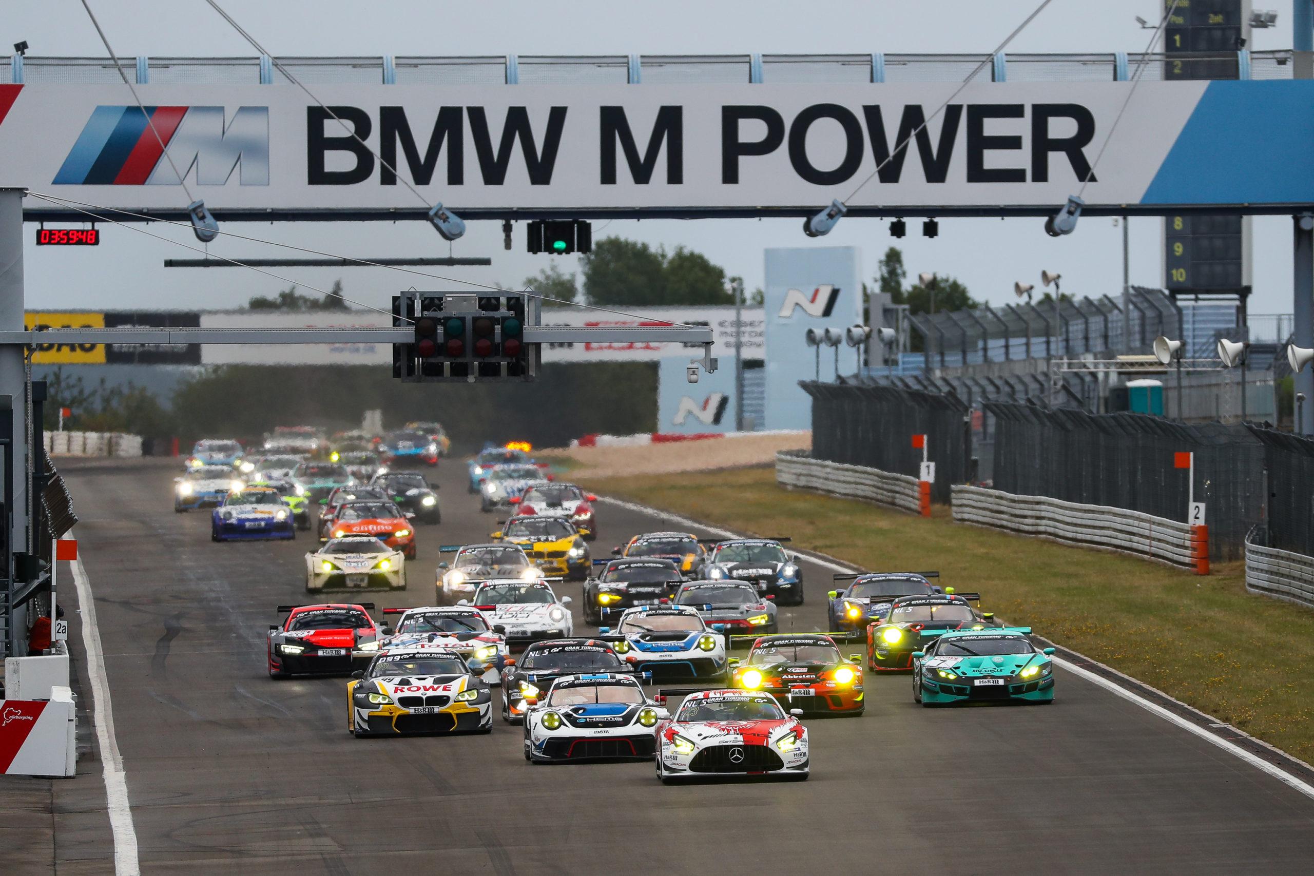 Bonk Motorsport mit drei Autos beim NLS-Auftakt