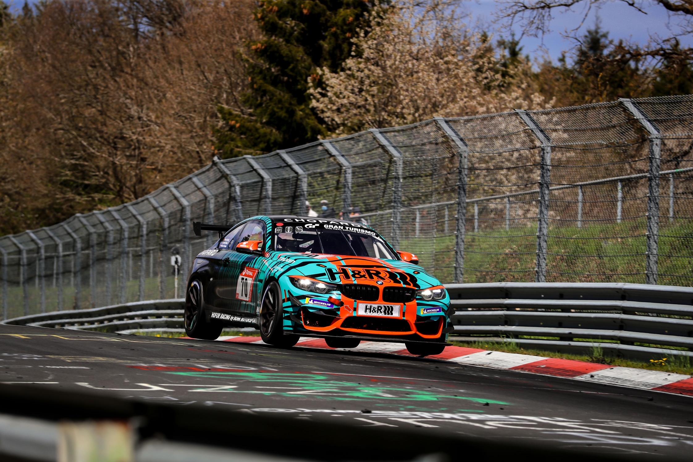 Bonk Motorsport: Gute Vorstellung beim 24h-Qualirennen