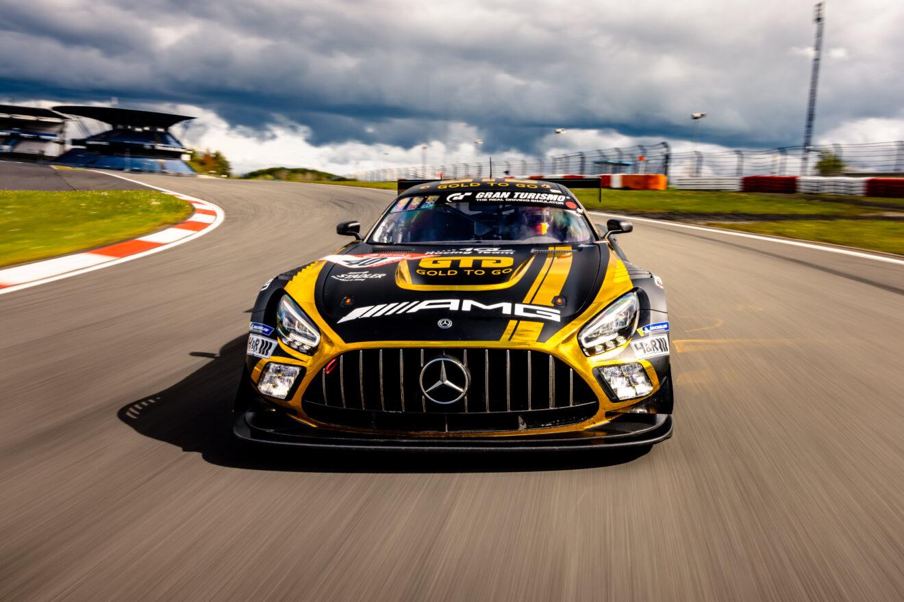 10Q Racing Team: Top motiviert zum Saison-Highlight