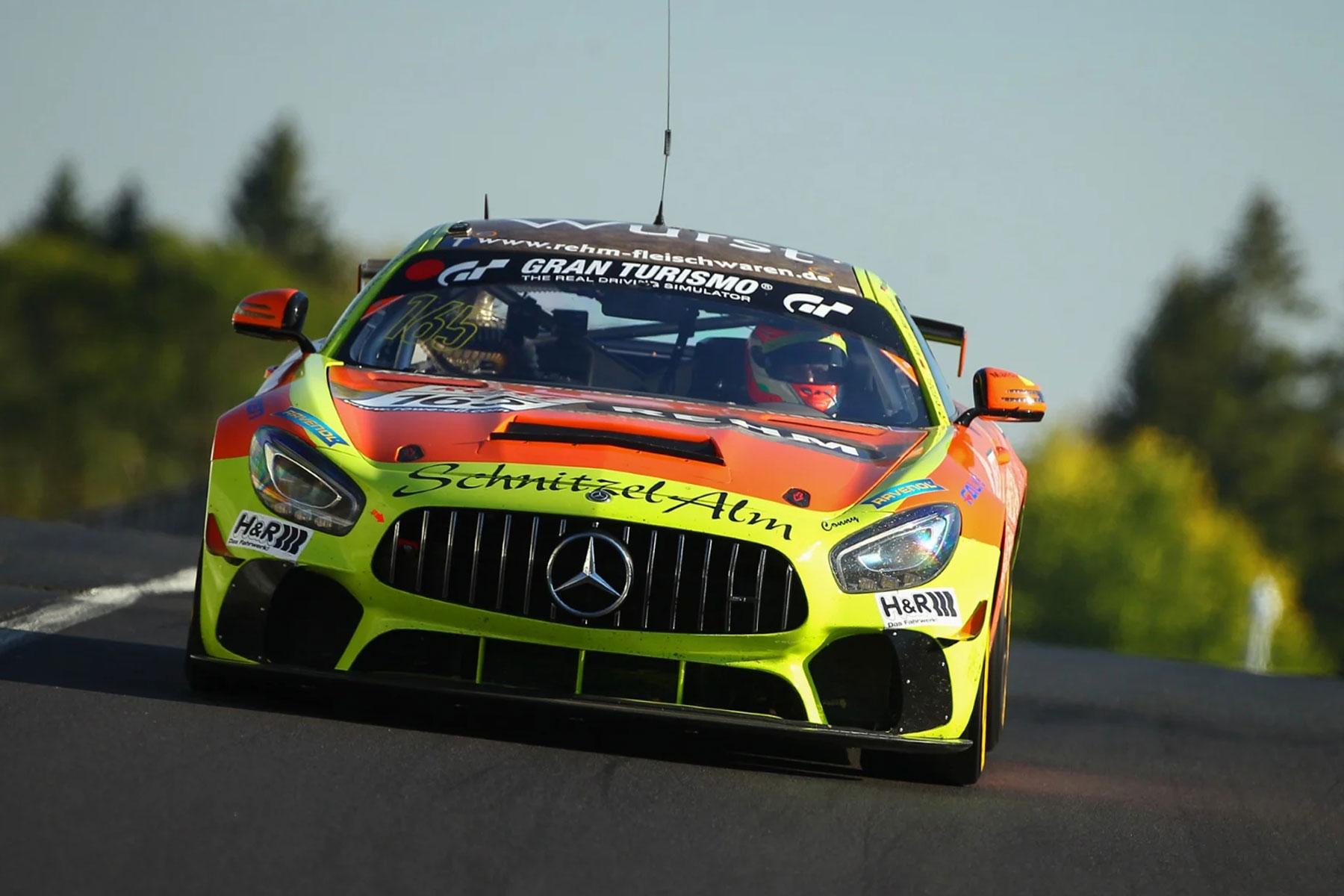 Schnitzelalm Racing fährt souverän zum GT4-Meistertitel